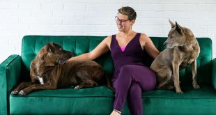 Kristen Kidd and her dogs