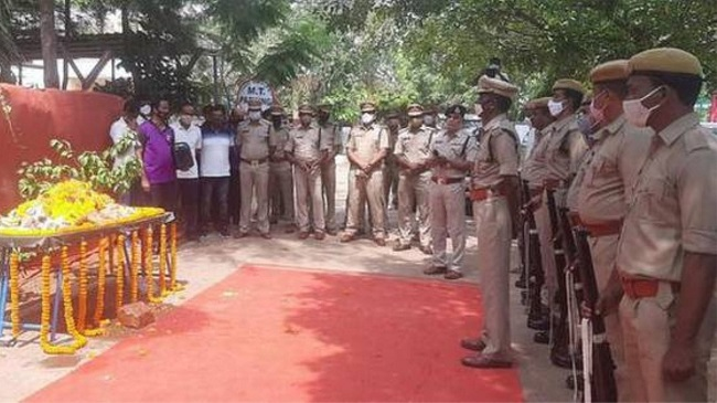 Sniffer dog worked with Vishakhapatnam Police passes away