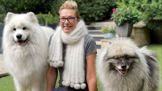 Woman Gets Scarf Made From The Dog's Fur As A Keepsake